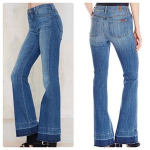7 For All Mankind Ginger Flare Jeans. Size 31